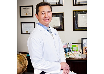 Pomona urologist Dr. Elmer Pineda Jr, MD