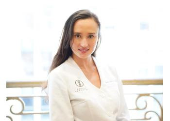San Francisco dentist Dr. Emily Gentry, DDS