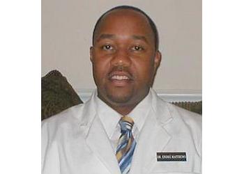 Jackson chiropractor Dr. Endre' Matthews, DC