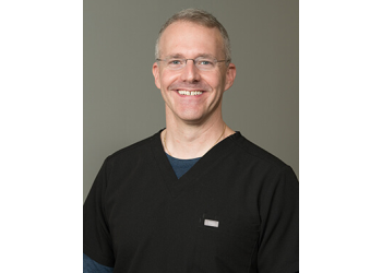 Indianapolis cosmetic dentist Dr. Eric Hein, DDS