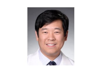 Corona neurologist Dr. Eric J. Huang, MD