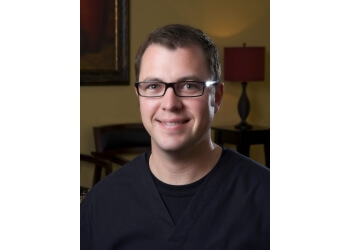 Lubbock plastic surgeon Eric Minns, MD, PA
