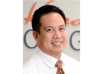 Overland Park gynecologist Dr. Errick Y. Arroyo, MD