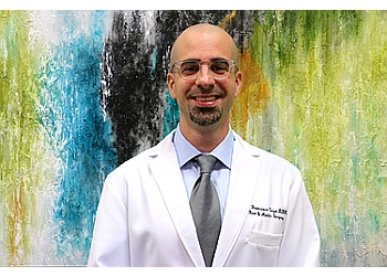 Pasadena podiatrist Dr. Francisco Cuza, DPM