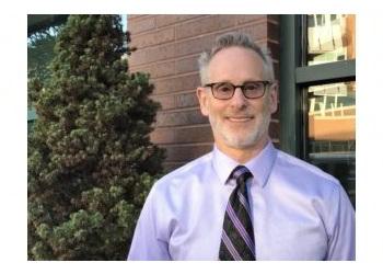 Chicago dentist Dr. Gary Treinkman, DDS