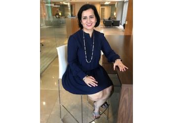 El Paso dentist  Dr. Geetu Lagoo, DDS