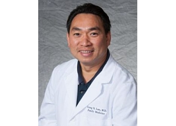 Modesto primary care physician Dr. Giang Ngoc Lam, MD