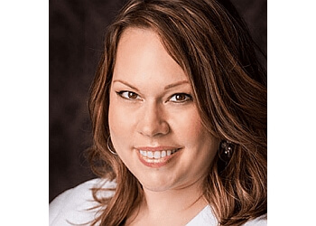 Round Rock cosmetic dentist DR. GRETCHEN HOOVER, DDS, MS