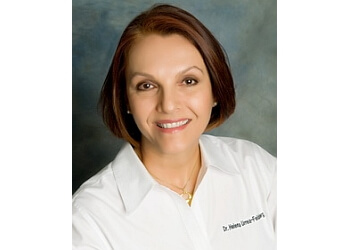 Hollywood kids dentist Dr. Helena Urrea-Feldsberg, DDS