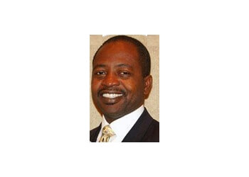 Miami Gardens chiropractor Dr. Henry Sanon, DC