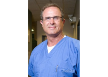 Tempe dentist Dr. Hyrum G Hatch, DDS