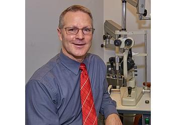 Dayton pediatric optometrist Dr. Iain Kelly, OD