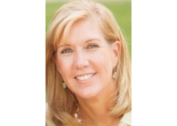 Lubbock plastic surgeon  Jane Rowley, MD