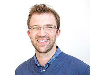 Knoxville kids dentist Dr. Jared D. Lee, DMD