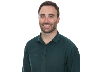 San Francisco dentist Dr. Jared Pool, DDS