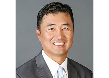Riverside chiropractor Dr. Jay Kang, DC