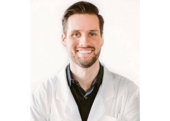 Seattle dentist Jeff Knudson, DDS - BRUSH DENTAL