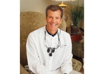 Shreveport cosmetic dentist Dr. Jeffrey Scruggs, DDS