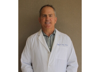 Dallas cosmetic dentist Jeffrey V. Jones, DDS
