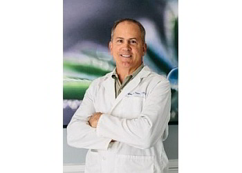 Dallas cosmetic dentist Dr. Jeffrey V. Jones, DDS