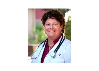 Berkeley pain management doctor Dr. Jennifer Ault, DO