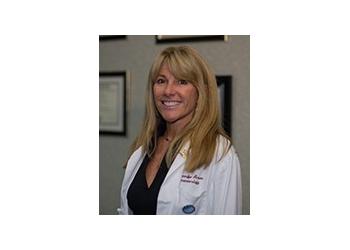 Newark gastroenterologist Jennifer Brown, DO