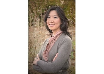 Berkeley cosmetic dentist Dr. Jennifer H. Cho DDS FAGD