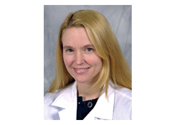 Syracuse endocrinologist Jennifer J Kelly, DO