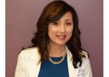 Santa Ana eye doctor Dr. Jenny Choi, OD