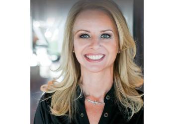Lexington cosmetic dentist Dr. Jenny Miller, DDS