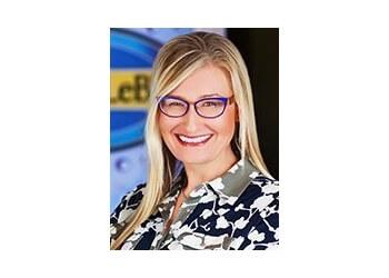 Kansas City kids dentist Dr. Jill Jenkins, DDS