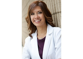 Simi Valley pediatric optometrist Dr. Joanne Parungao, OD