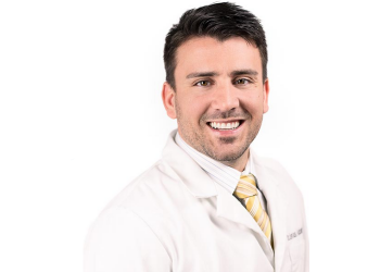Jacksonville dentist Jonas Ashbaugh, DDS, FAGD