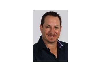 Toledo dentist Dr. Jonathan Frankel, DDS