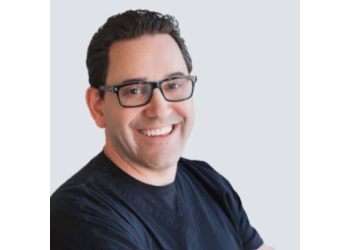 Houston cosmetic dentist Dr. Jonathan Penchas, DMD, MED