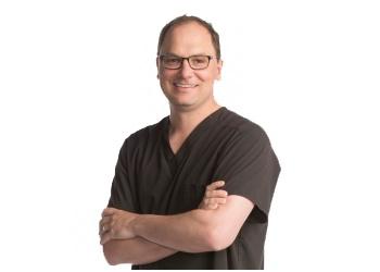 Springfield dentist Dr. Joshua Renken, DDS