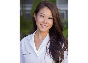 Costa Mesa cosmetic dentist Dr. Joyce Kahng, DDS