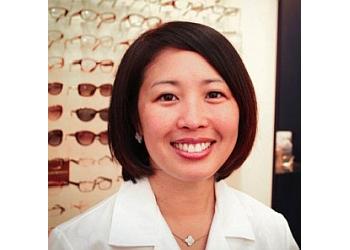 Washington pediatric optometrist Dr. Julia Garr, OD