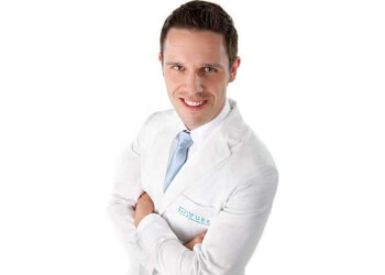 Atlanta dentist Dr. Justin B. Scott, DMD