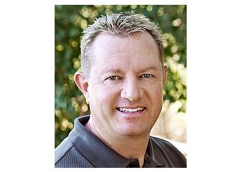 Santa Rosa dentist Dr. Justin D. Phillips, DDS