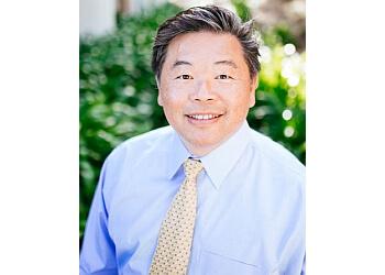 Ontario plastic surgeon Dr. Kaming Li, MD