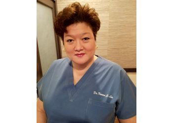 Pembroke Pines podiatrist Dr. Karen Lee, DPM