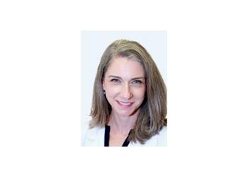 Oxnard gastroenterologist Karen Simon, MD