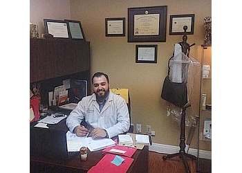 Glendale chiropractor Dr. Karo Ter-Nersesyan, DC