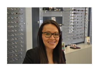 Glendale eye doctor Dr. Kathy Vu, OD
