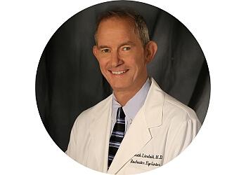 Rochester eye doctor Dr. Kenneth Lindahl, MD
