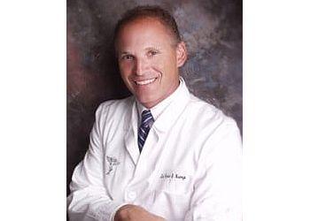 Columbus chiropractor Dr. Kevin Kemp, DC