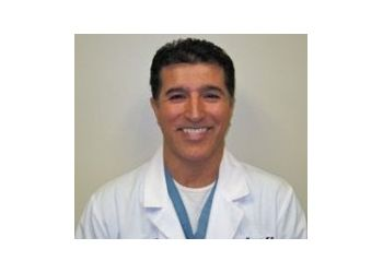 Anaheim pain management doctor Keyvan Zavarei, MD