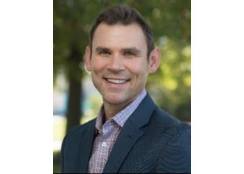 Akron dentist Dr. Kyle Eberhardt, DDS