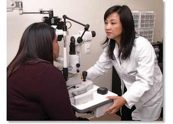 Riverside pediatric optometrist Dr. Laura Nguyen, OD